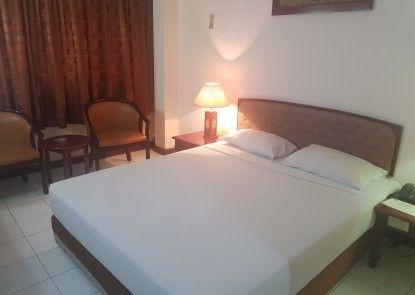 Hotel Surya Baru Kamar Tamu