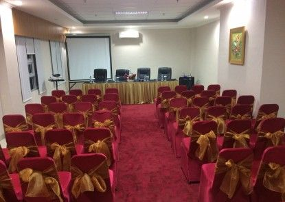 Hotel TC Damhil UNG Ruangan Meeting