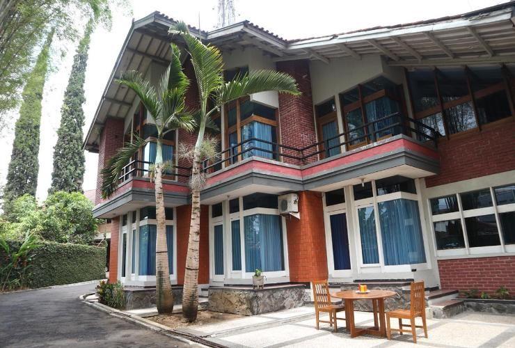 Hotel Tiara Garut