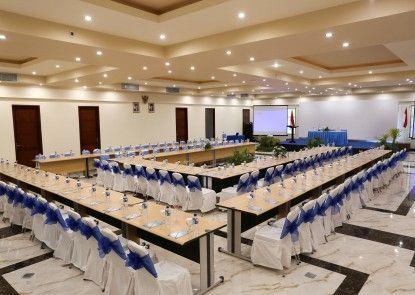 Hotel Vila Ombak Ruangan Meeting