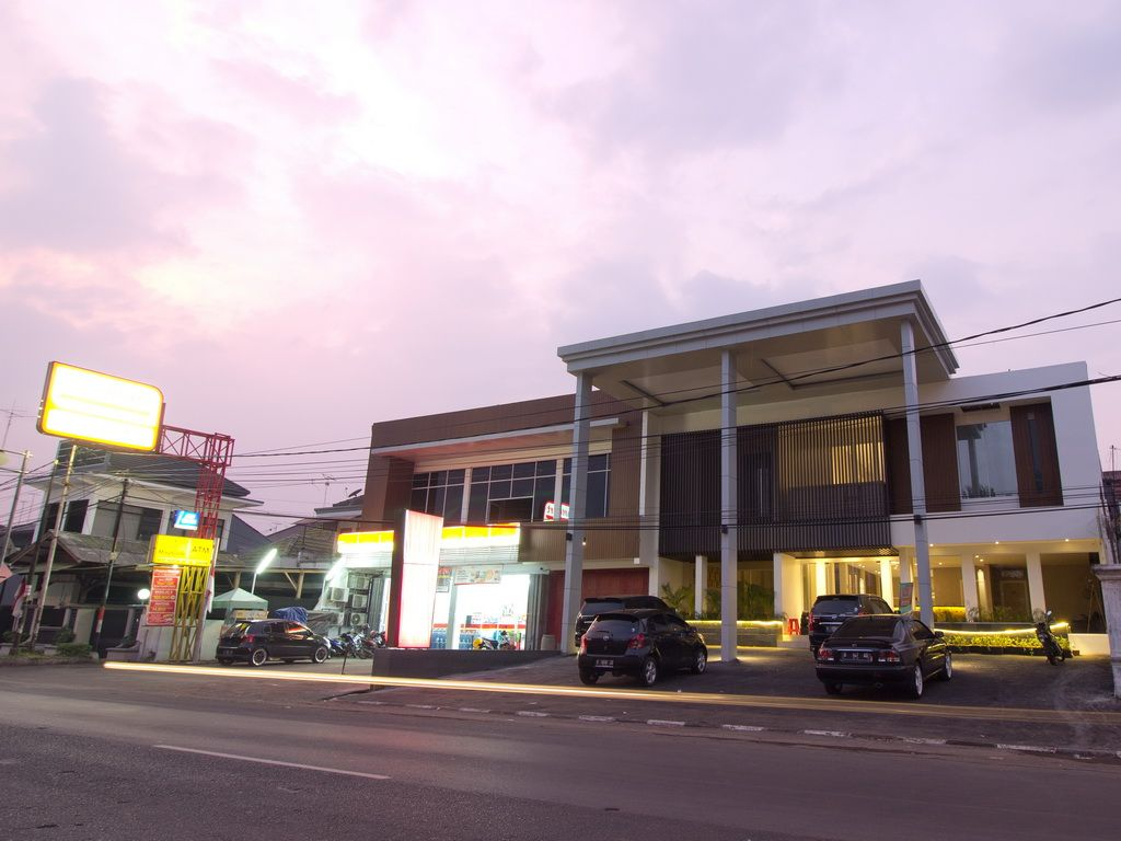 Hotel Vinotel Cirebon