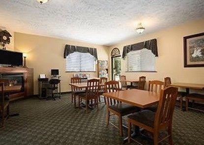 Howard Johnson Express Inn - Leavenworth