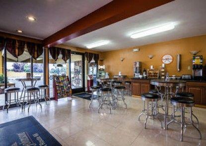 Howard Johnson Inn - Flagstaff