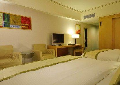 Hoya Hot Springs Resort & Spa