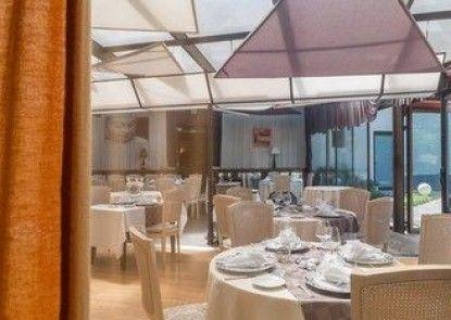 Hôtel Restaurant Laurent Perréal