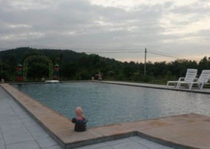 Hua-Hin Baan Thai Resort