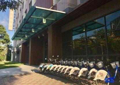 Huashe Hotel Chiayi Branch