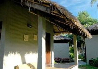 Hutcha Resort