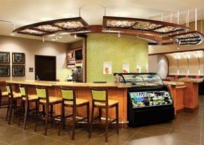 Hyatt Place Ft. Lauderdale Airport & Cruise Port Teras