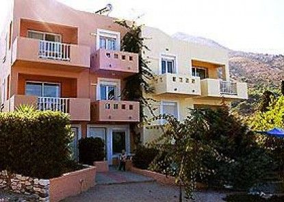 Iason Apartments & Studios