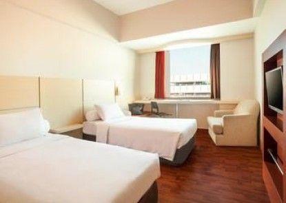ibis Jakarta Mangga Dua Hotel and Apartment Teras