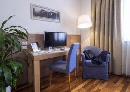 IH Hotels Firenze Business