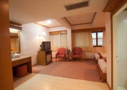 Imperial Sakon Hotel