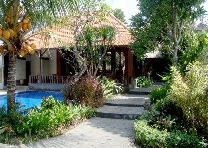 Inata Monkey Forest Hotel Taman