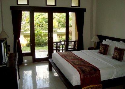 Inata Monkey Forest Hotel Kamar Tamu