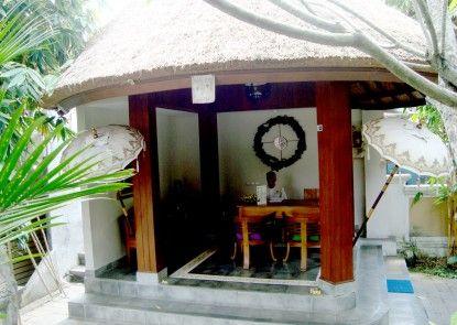 Inata Monkey Forest Hotel Penerima Tamu
