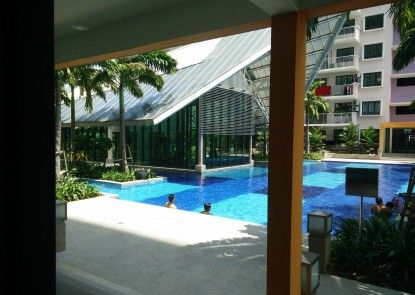 Indah Alam Vacation Home