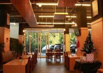 Indoluxe Rent Apartment Rumah Makan