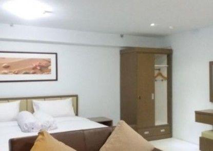 Indoluxe Rent Apartment Kamar Tamu