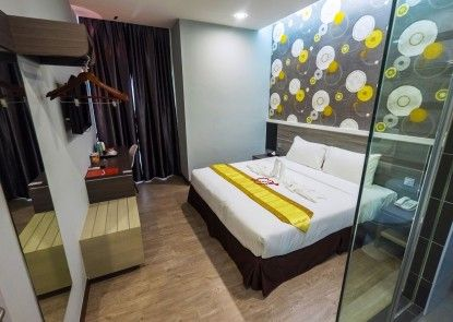 Indra Hotel