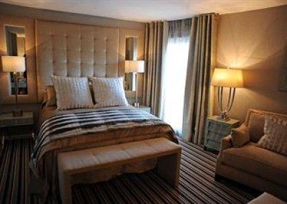 Ingliston Country Club Hotel