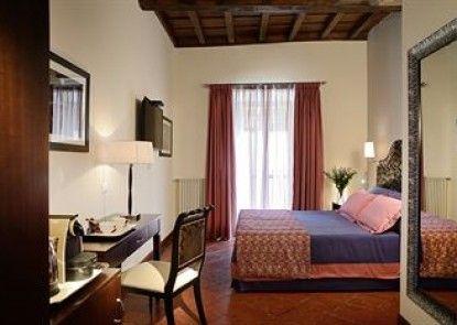 Inn Spagna Charming House