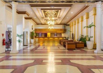 Grand Inna Medan Lobby