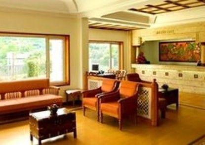 Issacs Residency