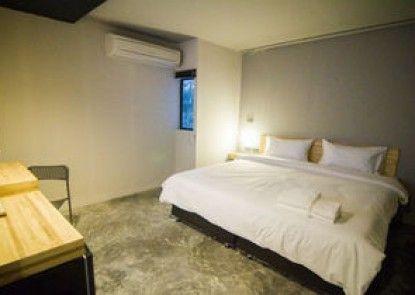 Izen Plus Budget Hotel & Residences
