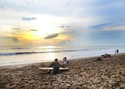 Jabu Beach Villa Teras