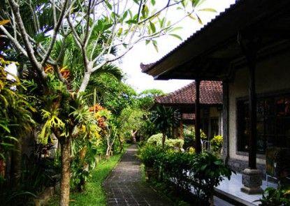 Jalan Jalan Villas & Spa Taman