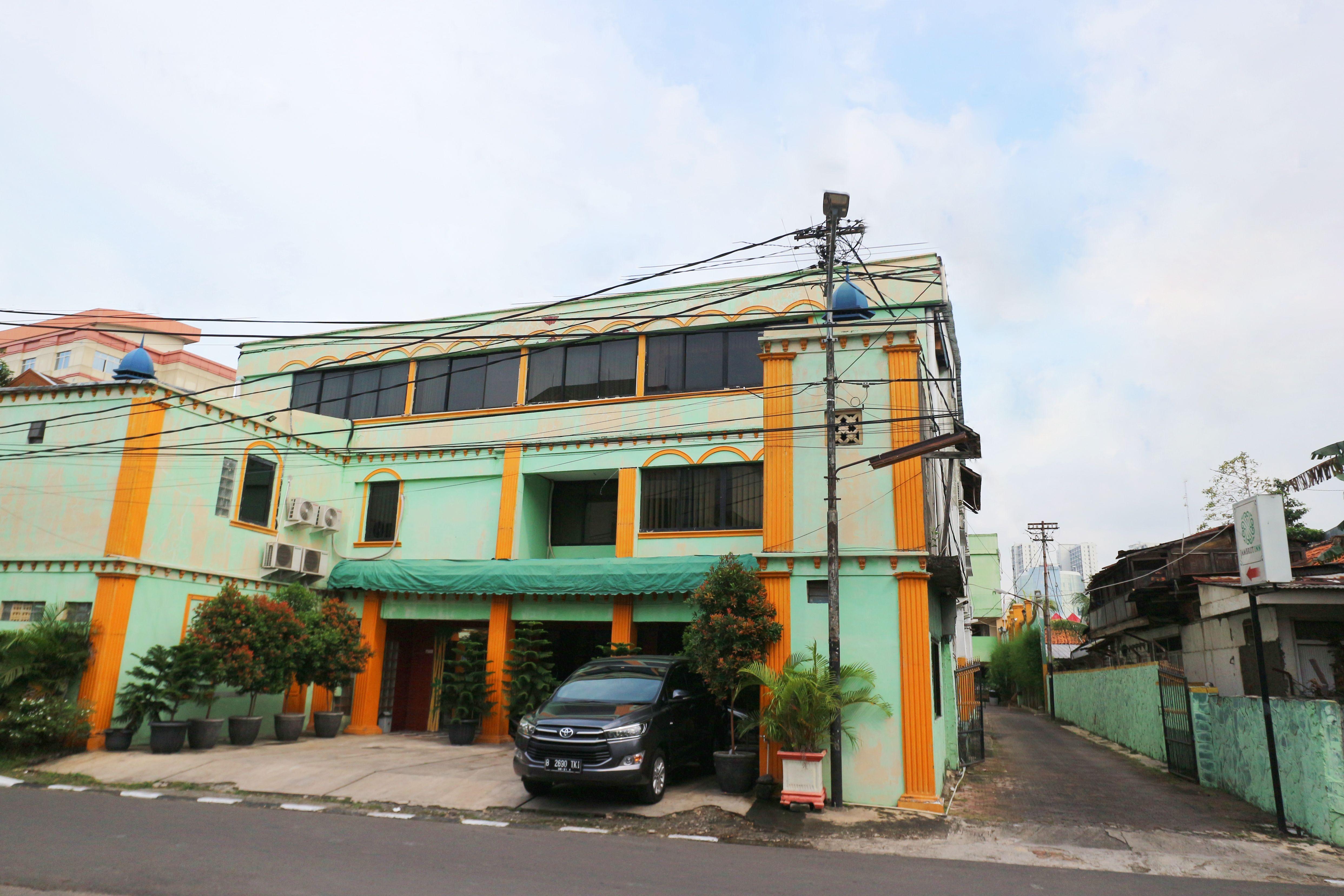 Jambrut Inn, Jakarta Pusat