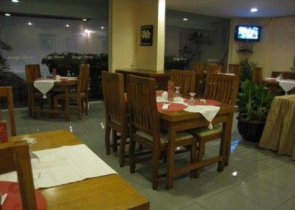 Jangga House Bed and Breakfast Rumah Makan