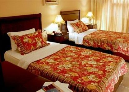 Jardaneh Hotel