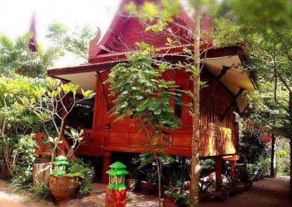 Jaroenrat Resort