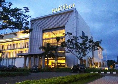 Java Heritage Hotel Purwokerto Teras