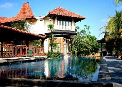 Java Village Resort Kolam Renang
