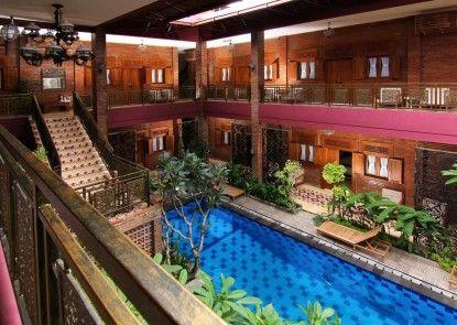 Java Villas Boutique Hotel & Resto Kolam Renang