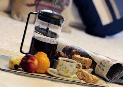Jean Lee Bed & Breakfast