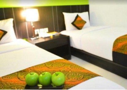 J Hotel Soekarno Hatta Kamar Tamu