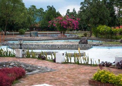Jixiang Garden Hot Spring