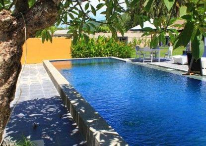 JM Hotel Kuta Lombok Kolam Renang