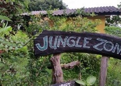 Jungle Zone - Hostel