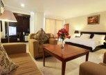 Pesan Kamar Junior Suite di Plaza Hotel Tegal