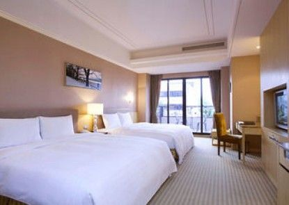 Justwin Grand Hotel