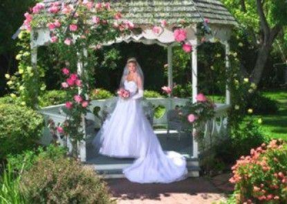 Kaleidoscope Inn & Gardens Teras
