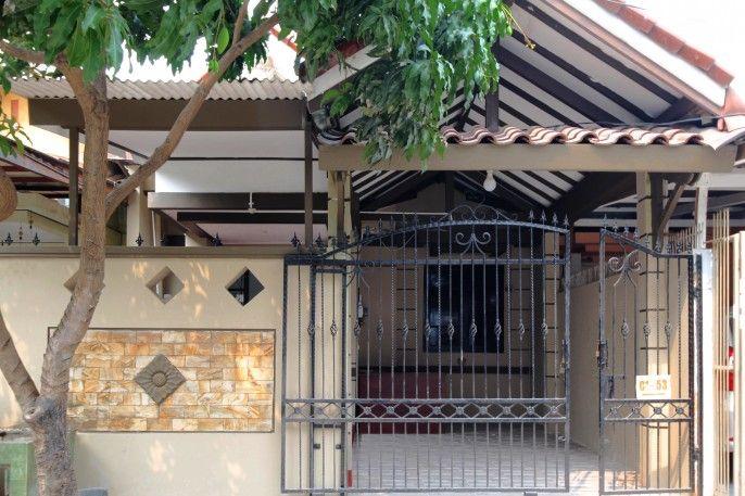 Kamar Keluarga Taman Mahkota Bandara Syariah IV, Tangerang