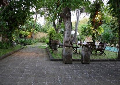 Atta Kamaya Resort & Villa Sekitarnya