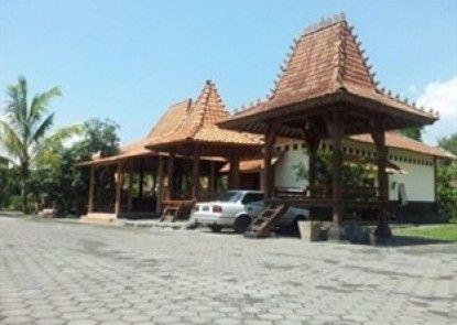 Kampoeng Ulu Resort Eksterior