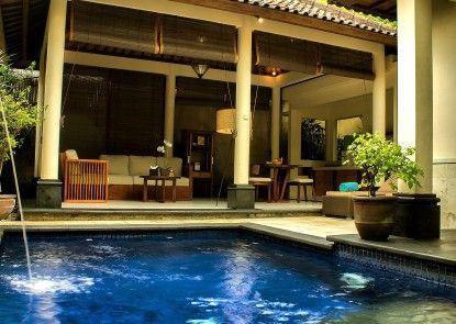 Kamuela Villas and Suite Sanur Kolam Renang Pribadi